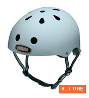 Nutcase Helmet in Powder Blue