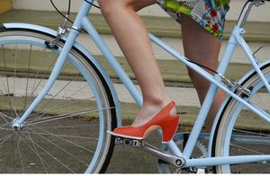 Bluemixte-redshoe