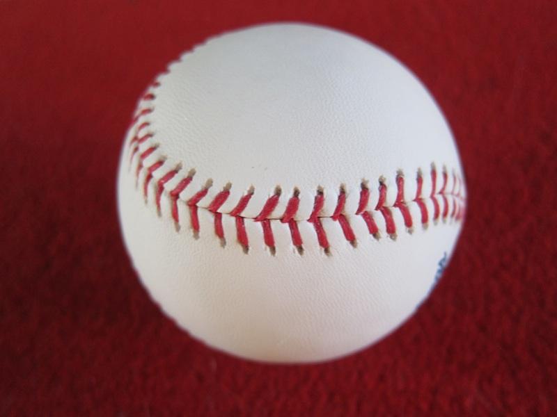 Baseball_red_blog