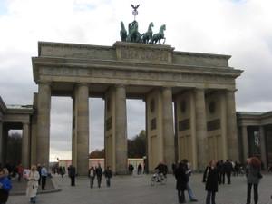 Brandenburg_gate_2030